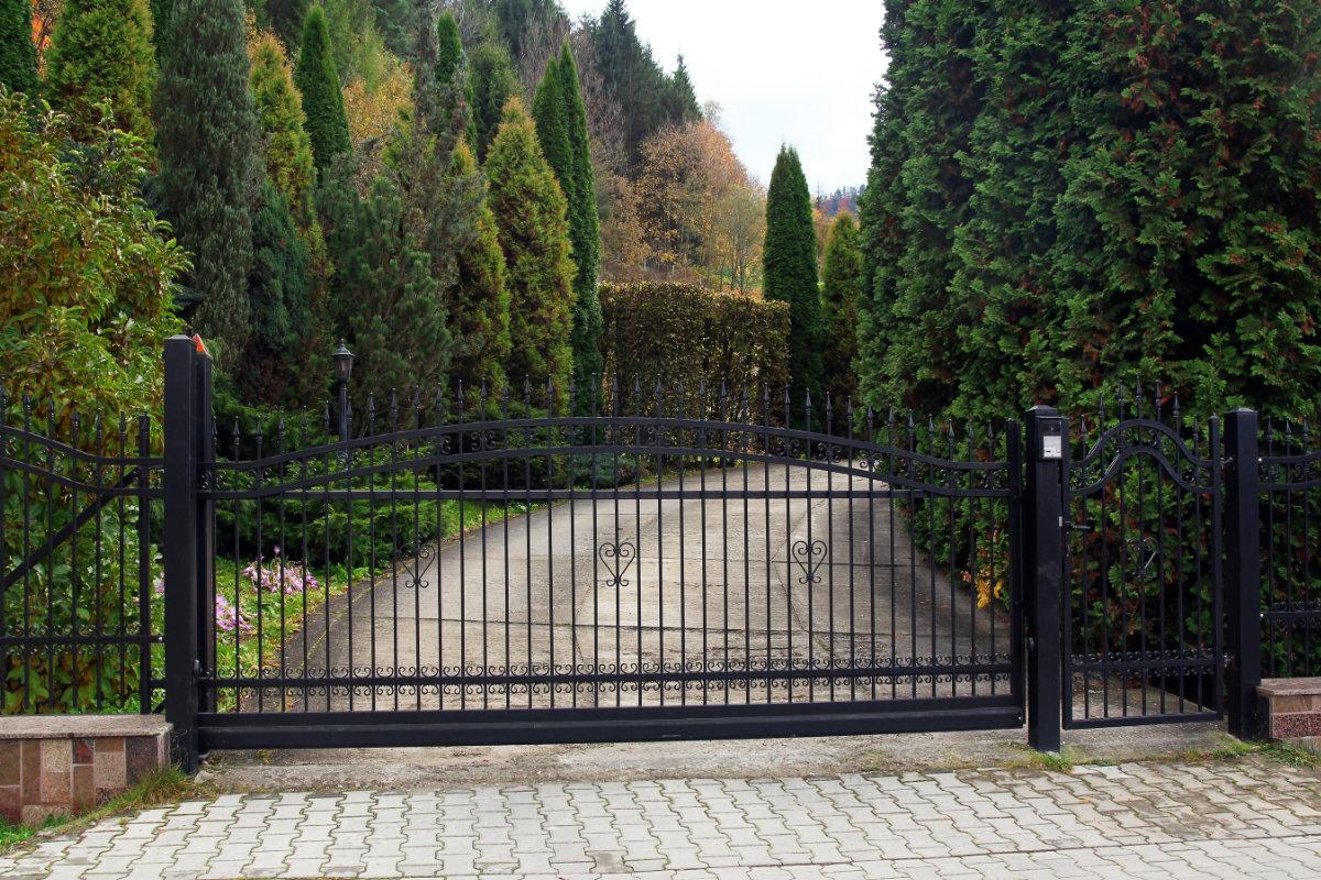 elektrische poort plaatsen