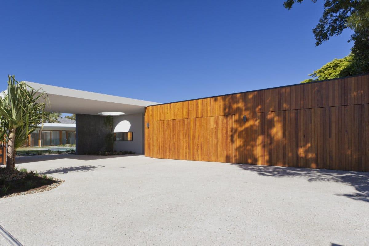 houten garagepoort modern