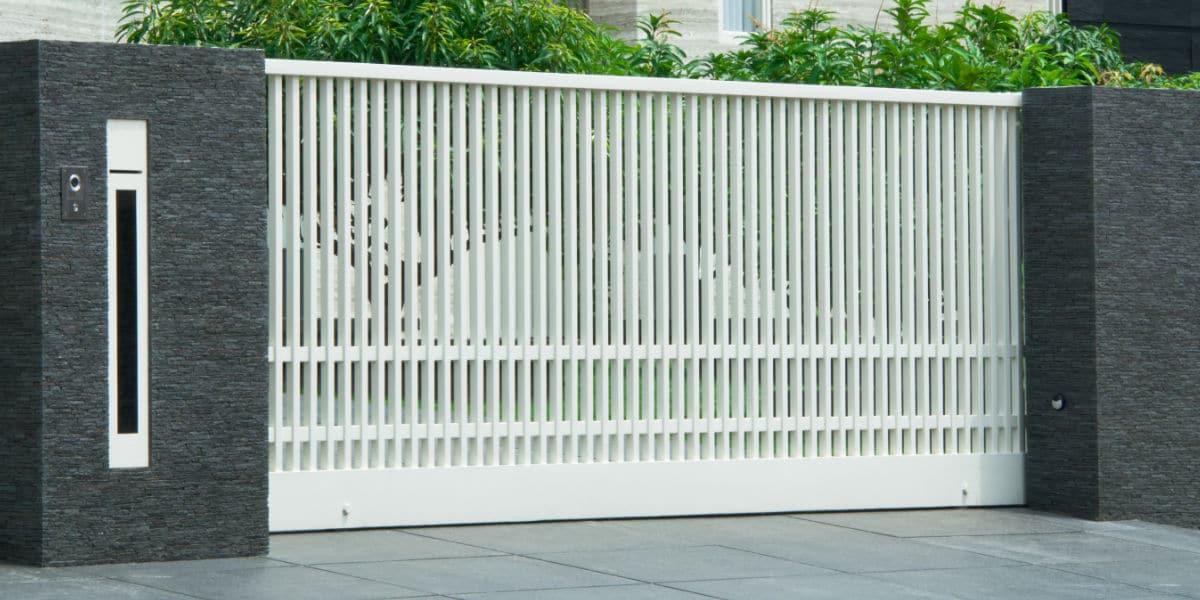 witte aluminium schuifpoort
