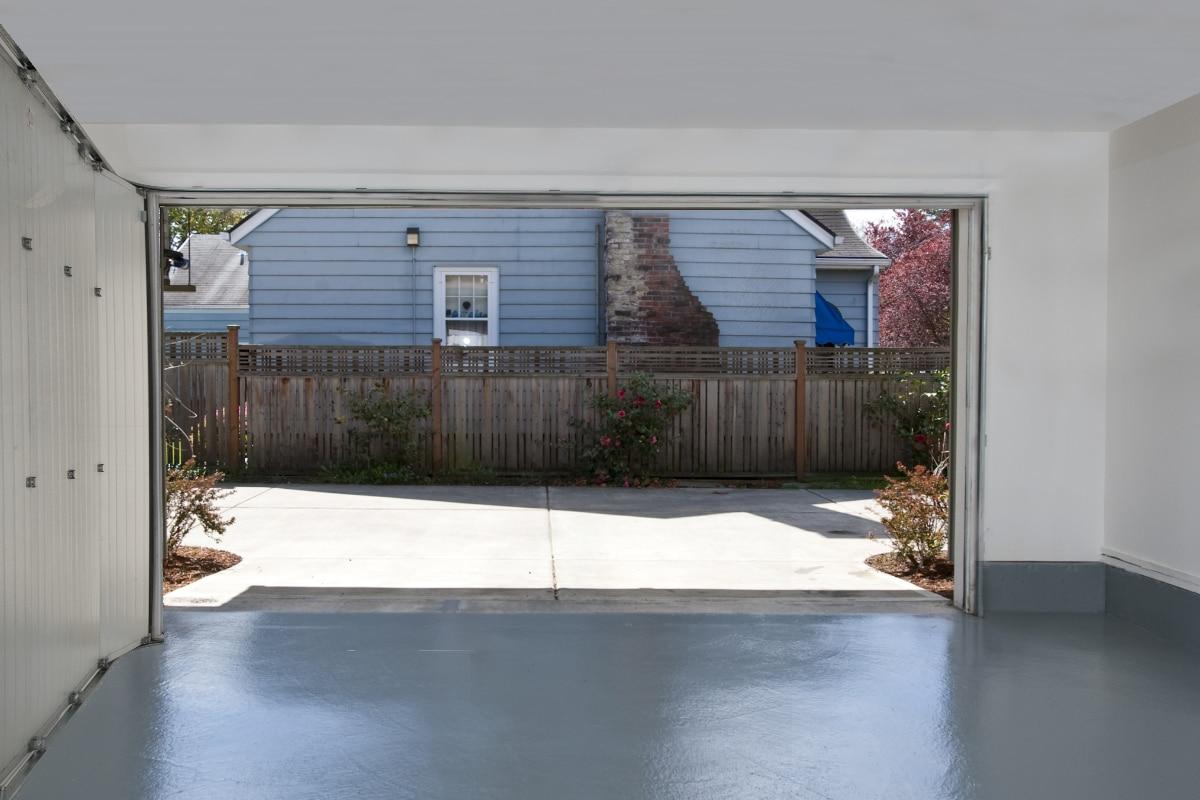 zijdelingse garagepoort